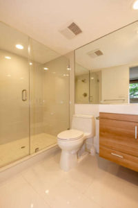 Brookhaven Ave Los Angeles CA-small-005-Bathroom-334x500-72dpi