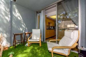 Brookhaven Ave Los Angeles CA-small-026-Balcony-666x444-72dpi