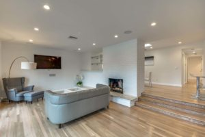 223 Waterview St Playa del Rey-large-002-34-Living Room-1500x1000-72dpi