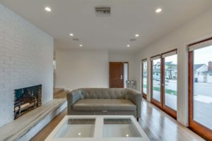 223 Waterview St Playa del Rey-large-006-27-Living Room-1500x1000-72dpi
