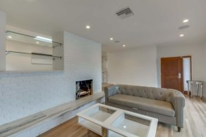 223 Waterview St Playa del Rey-large-007-24-Living Room-1500x1000-72dpi