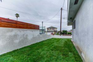 223 Waterview St Playa del Rey-large-038-38-Side Yard-1500x1000-72dpi